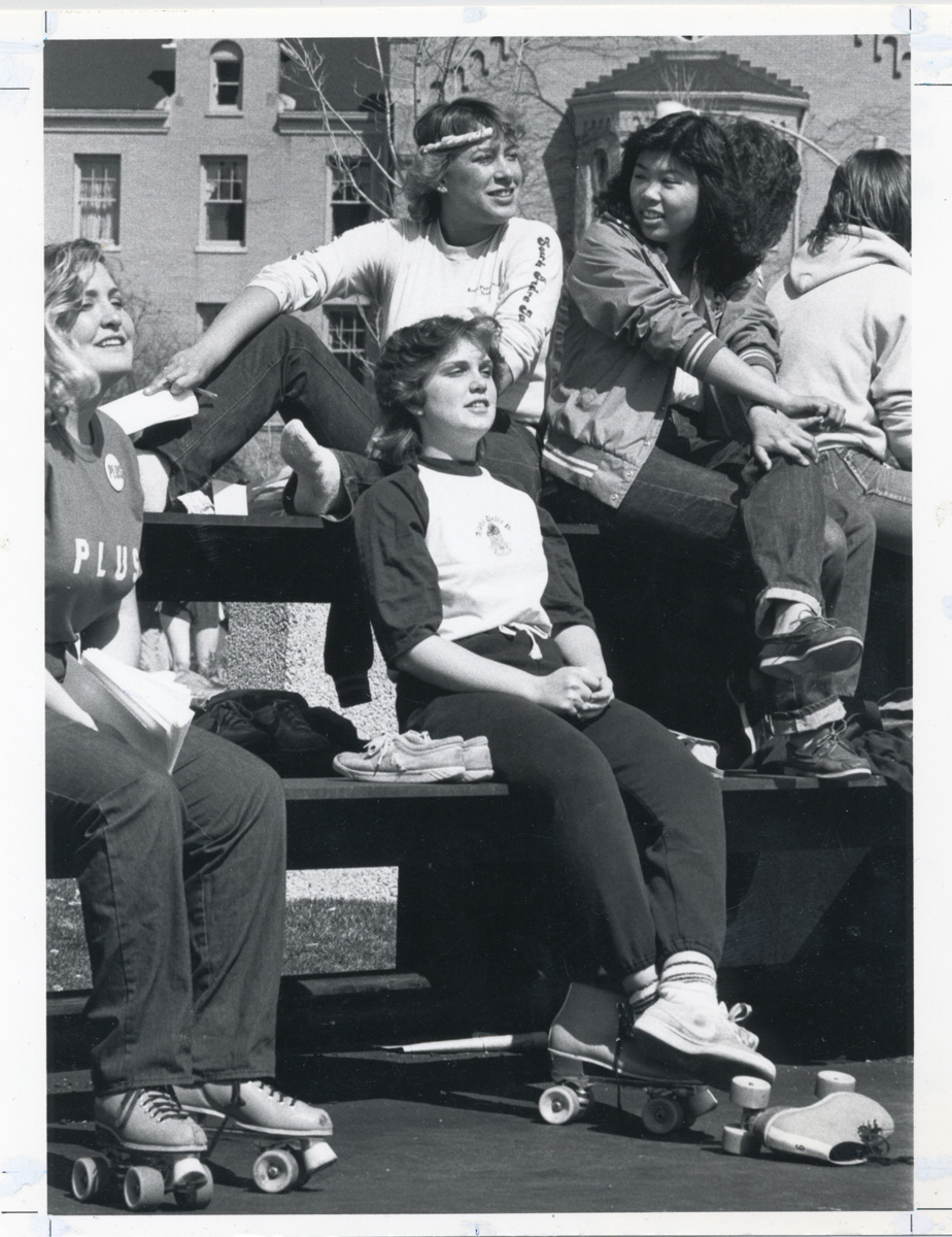 QRP 17 047c students on campus roller skates 1986082
